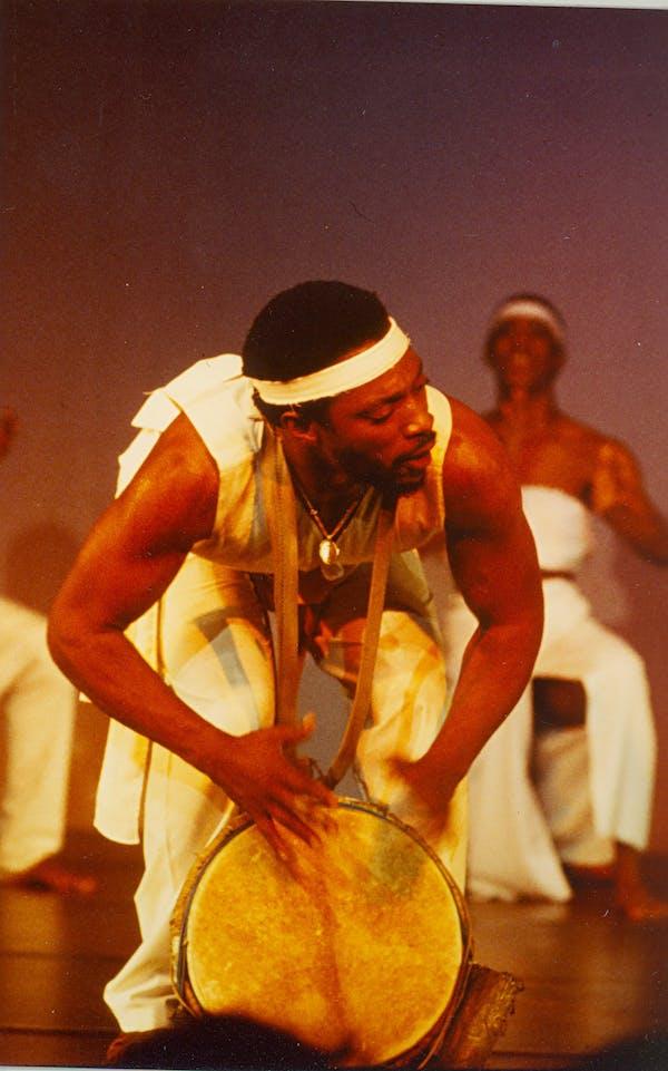 Chuck Davis Dance Group 9 10 10 1980 foto Olav Byklum 0006