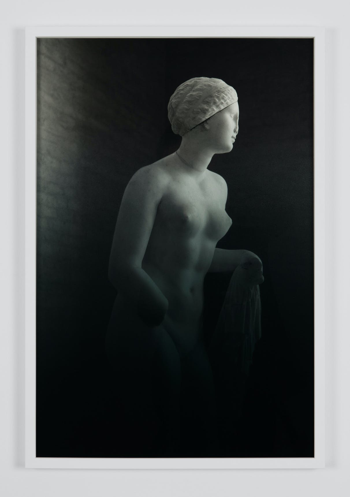Espen Gleditsch Aphrodite of Knidos 2017 40x60 cm archival pigment print foil on glass
